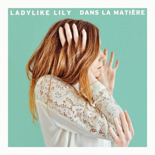 Ladylike-Lily-Dans-la-matiere